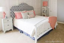 Master Bedroom ideas / Different ideas for a master or adult bedroom. I love the different styles and textures in these photos.