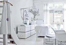 Vintage home/white