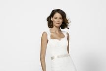 wedding dress ideas / by Nicole Sykes Mullen
