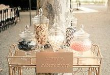 Create a candy buffet with us