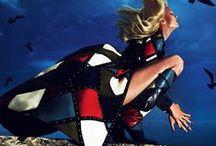 Live tweets @Vogueparis  / L'unique destination pour suivre toute l'actualitéde la mode en temps réel  / by Vogue Paris