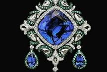 The Jewel Thief ~ Outrageous Jewelry