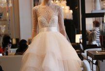 NY Bridal Fashion Week / Vestidos de noivos dos estilistas e grifes mais renomados e todas as tendências e novidades para a moda noiva