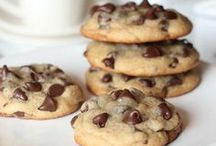 Cookie Recipes / by Amanda Green Bottoms @ kevinandamanda.com
