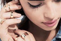 Jewels / Jewelry / by Raquel Gonzalez