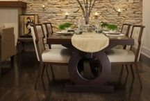 Home-Dinning Room / by Meredith Barracato
