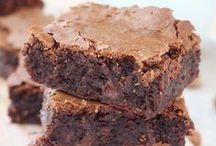 Brownies, Blondies & Bars / Amazing desserts in bar form, brownies, blondies, cheesecake bars, rice krispy treats, you name it!