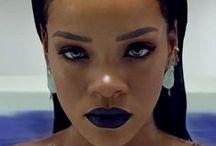 Rihanna /