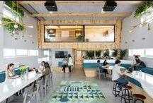 Entreprise / Boutique / Atelier / Comment décorer les bureaux de son entreprise? Trouvez des idées en parcourant ces photos de déco intérieure dans les entreprises qui ont choisi de créer des espaces dans l'entreprise pour que leurs collaborateurs se sentent bien.