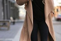 Street Style - Ladies / Chic Street Style Picks for the CelleClé Girl