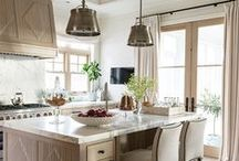 Kitchen Design & Decorating Ideas / Get all of our kitchen design and decorating ideas in our guide: http://bit.ly/HHkitchens