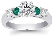 Jewelry- My Passion!!   / by Dyan Strand