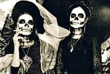 Los Muertos / by Diana Dominguez
