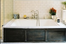Bathrooms / by Melissa Russian