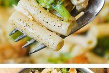 Lunch/dinner ideas / by Felicia Preciado