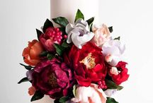 Wedding Cakes / Love wedding cakes! Beautiful and delicious!