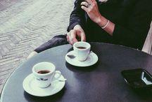 c o f f e e / Cafés and coffee