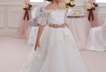 FLOWER GIRlLS DRESS IDEAS!