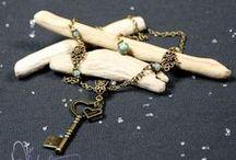 Bijoux Faits Main / Vous êtes créateurs de bijoux faits main?  Contactez-moi pour que je puisse vous ajouter!  admin@createursdici.com