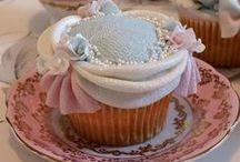 """Cup Cake"""" Look like so romantic"""" / No lucen hermosos?  Lucen romanticos! Muchas de estas creaciones se distinguen por ese toque femenino y romantico que solo sabemos expresar  las mujeres'."""