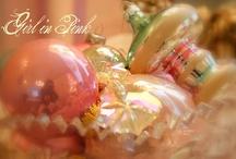 Navidad en colores pasteles y blanca