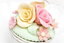 """Cup cake 'Shabby look' / """"Shabbylicius', cupcake con apariencia shabby como obras de arte! pinea todos los que quieras! son gratis y no tienen calorias!"""