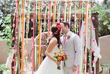 Neon Wedding / Neon wedding details for the trendy bride!