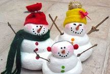 SNOWMEN / Why make a regular old snowman when you can make these? / by Abby Glassenberg