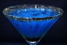 Cocktails and Beverages / by Velvet Lens