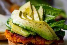 Food-Vegetarian and Vegan Goodness / by CindyBeLove