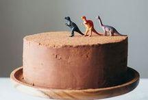 Cakes / Bolos / Ideias para bolos de aniversario para crianças. Ou para a criança em você que eu sei, adora um doce!  { Ideas for kids birthday cakes. Or for your inner child that, I know, has a sweet tooth!}