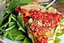 Recipes: Dinner / by Jacky Hackett