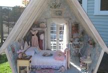 Dollhouses / by Diana Larsen