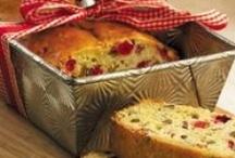Sweets (Breads) / by Carolyn Drost