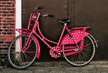 I want to ride my bicycle / I want to ride it where I like... Bicycle chic!