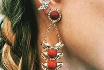 How To Wear Earrings / Earring styles, the most iconic earrings and must-have earrings and tips on how to wear earrings