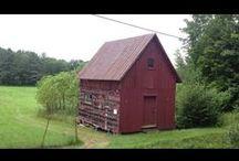 Barns / Tiny houses