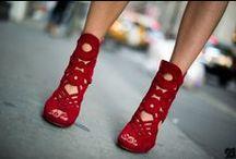 Red Shoes / Kırmızı Ayakkabılar