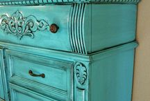 Let's Paint / Paint Colors and Brands, love Annie Sloan / by Dana Hendley