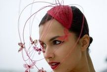 Hats / Collecting hats, fascinators and other accessoires for the head.