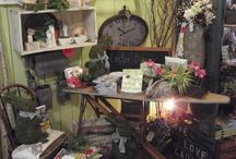 Parsley's Picket Fence / Selling at thrift shops, display ideas / by Dana Hendley