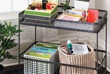 Organized Home Office / Lots of ideas for keeping your office organized