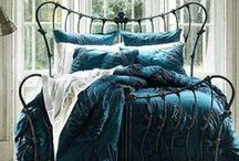 Bedrooms / Bedroom decorating and design ideas.