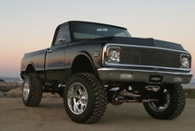 Truck SUV 4X4 / by Mark Myers
