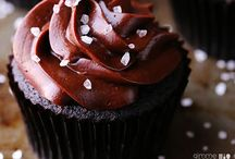 Cupcakes and muffins / by Kim Knowles