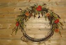 Wreaths/Swags ~ Rustic/Western / by LexAnn Kienke