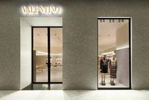Valentino boutique in Bangkok / Valentino is pleased to announce the opening of its new boutique in Emquartier Shopping Mall in Bangkok. The 380 square meter boutique offers a one-of-a-kind brand experience and caters to an elite clientele, serving both its male and female clients in a single location. www.valentino.com