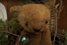 Rabbit Hill ~ Handmades by Jenn Tavoletti / Folk art that I create, giving everything an old time-worn look and feel.