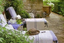 Decorating {Outdoor Spaces}