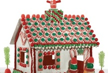 Christmas Candy Cottage Inspirations / Christmas Gingerbread house decorating made easy with The Candy Cottage.  Some of our inspiratons for decorating fun that can be done over and over with The Candy Cottage. www.candycottage.us